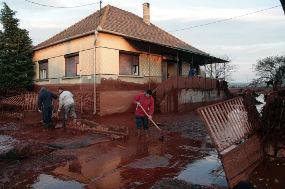 Lumpur beracun Hungaria