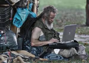12_Cara_Agar Laptop Panjang Umur.